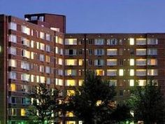 Arlington (VA) The Virginian Suites, an Ascend Collection Hotel United States, North America Stop at The Virginian Suites, an Ascend Collection Hotel to discover the wonders of Arlington (VA). The hotel offers a high standard of service and amenities to suit the individual needs of all travelers. Facilities like 24-hour front desk, facilities for disabled guests, express check-in/check-out, luggage storage, Wi-Fi in public areas are readily available for you to enjoy. Televisi...