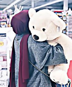 Discovered by Find images and videos about teddy bear, حجاب and hijab fashion on We Heart It - the app to get lost in what you love. Niqab Fashion, Modern Hijab Fashion, Muslim Fashion, Cute Girl Poses, Cute Girl Pic, Casual Hijab Outfit, Hijab Chic, Hijabi Girl, Girl Hijab