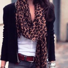 <3 my daily look - jeans, white shirt, black blazer, Louis Vuitton scarf   I love the scarf;)