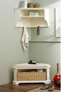 shoe storage and coat rack - behind the door?
