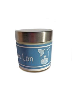 Awesome Home made Soy wax candles with Video Game themes. This one is a Lon Lon Milk Candle, inspired by The Legend Of Zelda's Ocarina Of Time. ScentedSparks.etsy.com Best Candles, Soy Wax Candles, Lon Lon Milk, Game Themes, Candels, Legend Of Zelda, Coffee Cans, Video Game, Homemade