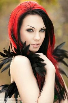 Very beautiful and attractive gothic girl with colored red and black hair, piercing and stunning eyes Goth Beauty, Dark Beauty, Cervena Fox, Multicolored Hair, Colorful Hair, Come Undone, Redhead Girl, Hair Color For Black Hair, Rainbow Hair