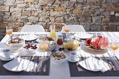 4 + 1 Bedroom Villa in Plaka area in Naxos! Proud member of Naxos Premium Greek Islands, Breeze, Bbq, Table Settings, Aqua, Fresh, Bedroom, Greek Isles, Barbecue