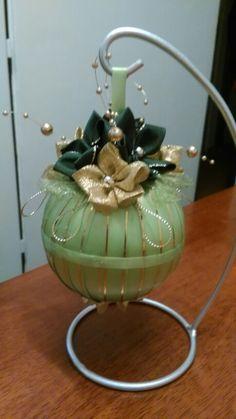 Vianočná guľa zeleno~zlatá