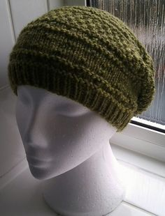 Ravelry: Cascade Slouchy Hat pattern by Brian smith (à acheter pas cher)
