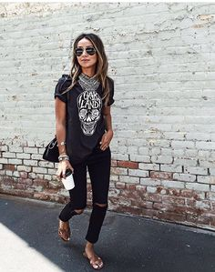 Edgy black on black spring outfit inspiration Mode Outfits, Casual Outfits, Fashion Outfits, Passion For Fashion, Love Fashion, Womens Fashion, Mein Style, Look Chic, Mode Inspiration
