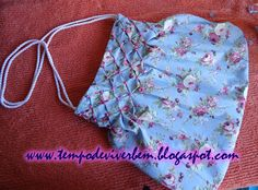 Smocked purse tutorial. Use google translate for English.