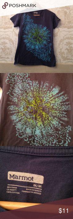 Marmot shirt Great condition Marmot Tops Tees - Short Sleeve