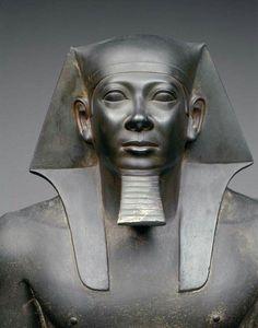 King Menkaura.