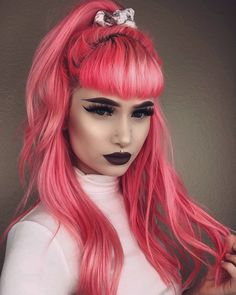 hot red hair color shades to dye for red hair dye tips & ideas 47 Hair Color Shades, Red Hair Color, Cool Hair Color, Dyed Tips, Hair Dye Tips, Spring Hairstyles, Pretty Hairstyles, Trending Hairstyles, Formal Hairstyles