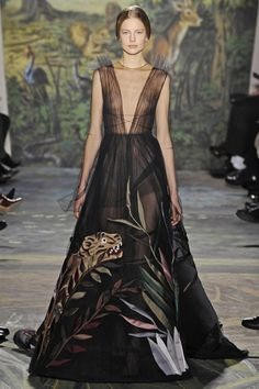 valentino-couture-spring-2013-17