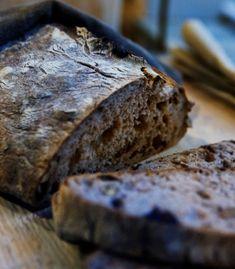 Pane al carbone vegetale-preview