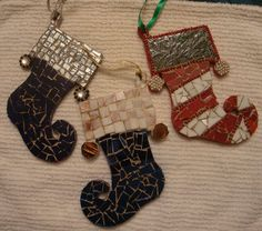 Stained Glass Mosaic Christmas Stockings Gifts under 25 Dollars Red White and Green – Hosiery Designs Christmas Mosaics, Diy Christmas Ornaments, Christmas Stockings, Christmas Earrings, Christmas Decorations, Mosaic Glass, Stained Glass, Mosaic Garden Art, Bf Gifts