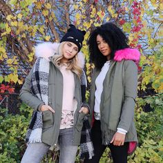 Ardene babes Marilou and Jade know how to look fab AND stay cozy as temperatures drop. Let's take notes from these style queens. Sometimes busting out the winter gear can be frightening, but having… Winter Gear, What's Trending, Jade, Queens, That Look, Layers, Notes, Cozy, Drop