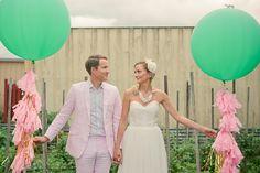 Float balloons wedding in green!  #weddingballoons #greenballoons #giantballoons