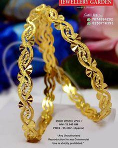 Gold Ring Designs, Gold Bangles Design, Gold Earrings Designs, Jewelry Art, Jewelry Design, Gold Jewellery, Gold Jewelry Simple, Bangle Set, Gold Fashion