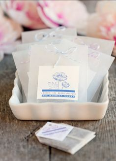 Gift your guests with yummy flavoured tea in pretty packages.    Image via  My Own Ideas.
