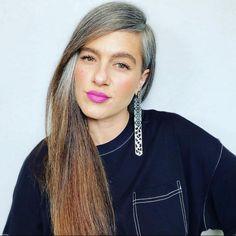 Grey Hair Don't Care, Long Gray Hair, Older Women Hairstyles, Boho Hairstyles, Hair Dye Colors, Hair Color, Charcoal Hair, Grey Hair Inspiration, Two Toned Hair