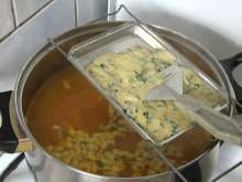 Jesenná zeleninová polievka • Recept | svetvomne.sk