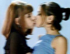 The Love Club, My Love, Want A Girlfriend, Cute Lesbian Couples, Emo Couples, Teen Romance, Internet Explorer, Couple Aesthetic, Teenage Dream