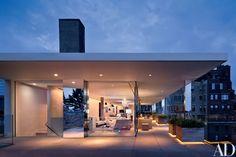 Steven Harris Turns a Tangle of Manhattan Apartments Into a Luxurious Duplex Photos | Architectural Digest