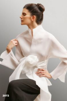 70 Fashionable Organza Outfit Looks Look Fashion, Fashion Details, Autumn Fashion, Womens Fashion, Fashion Design, Fashion Quiz, Gothic Fashion, Fashion Tips, Petite Outfits