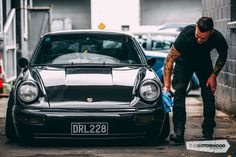 This slammed and static 911 is one Porsche that would have the purists up in arms If you have ever seen one of those overdramatized American car shows on which they take a wreck, thrash it in the workshop for a few weeks and modify and fix it up before selling it and hoping to turn a