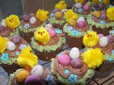 Mya has a Easter Tea Party this Sunday and wants those cupcakes - makes sense, right?
