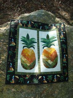 Batik pineapples