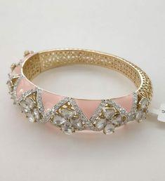 Kundan Bangles, Pink Palette, Gold Bracelets, Diamond Jewellery, Ring Bracelet, Mehendi, Indian Jewelry, Antique Gold, Costume Jewelry