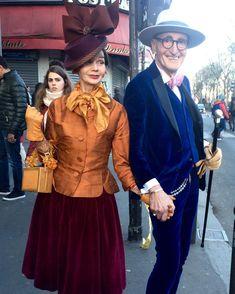 In Paris mit Vogue Magazine Live Fashion, Fashion Photo, Gypsy Fashion, Estilo Dandy, Style Royal, Elderly Couples, Dandy Style, Stylish Couple, Berlin Fashion