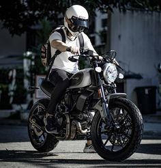 Having A Ride With Vintage Bicycle Posters - Popular Vintage Ducati Scrambler Custom, Cafe Racer Motorcycle, Moto Bike, Motorcycle Style, Motorcycle Outfit, Retro Bikes, Bobber, Moto Fest, Chopper
