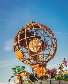 Friends, join the Global Family and discover the Madness at: TomorrowWorld USA (September 26-27-28, 2014) Tomorrowland Brasil (May 1-2-3, 2015) Tomorrowland Belgium (July 24-25-26, 2015) We are One World… www.tomorrowland.com