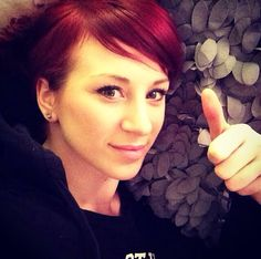 Really love this beauty! Skillet Band, Jen Ledger, Christian Rock Bands, Christian Artist, Beauty, Instagram, Jin, People, Animation