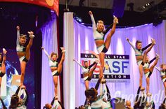 Cheer Extreme Senior Elite The Cheerleading Worlds 2015 // photo: Snapped! by Becca Clark