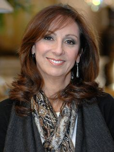 """Linda Caruso  INTERIOR DESIGNER, DESIGNER LIAISON Linda Caruso has spent more than 15 years designing """"perfect homes"""" for her loyal clients — adeptly matching their lifestyles and needs with the right furnishings and accessories. In addition to her ability to create beautiful spaces, Linda has a special flair for working with freelance designers. She and her design associates work tirelessly to help them to impress their clients."""