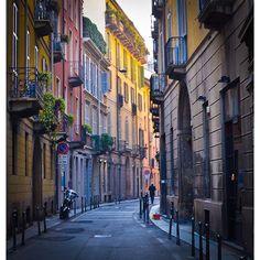 #milan #milano #milanocity #milanodaclick #milanodavedere #milanocityufficiale #ig_milano #streetart #street #strada #color #colori #colorful #original #instasky #instagood #instalike #instadaily by igni_a