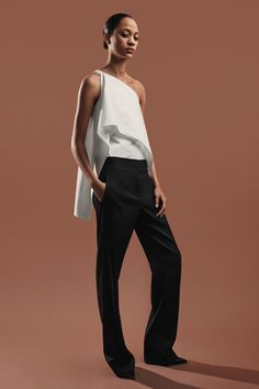 Narciso Rodriguez Pre-Fall 2018 Fashion Show Collection