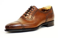 Walking in heaven. via Proper Cloth Alfred Sargent, Brogues, Derby, Fashion Shoes, Oxford Shoes, Dress Shoes, Walking, Lace Up, My Style