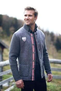 Jackets, Style, Fashion, Oktoberfest, Handarbeit, Grey, Cast On Knitting, Down Jackets, Moda