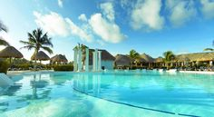 Grand Palladium Colonial Resort & Spa - All Inclusive Akumal This Riviera Maya, Mexico hotel features a large full service spa. Five restaurants are on-site at the hotel, including the Kabah Restaurant that offers Italian and Mexican cooking.