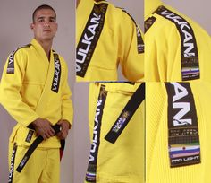 Linha Vulkan Pro Light Trançado Foi desenvolvido para promover maior flexibilidade, conforto, leveza, secagem rápida e resistência ao atleta. É o kimono ideal para competições aliando baixo peso a resistência, além de ser ótimo para treinos, principalmente nos dias mais quentes.  Mais informações em:  . http://vulkanfc.com/dados_loja_produto.php?cd_produto=06_modelo=014_cor=02_tecido=01  . http://www.vulkanstore.com/product/Vulkan-PRO-Light-Jiu-Jitsu-Gi-YELLOW-32276