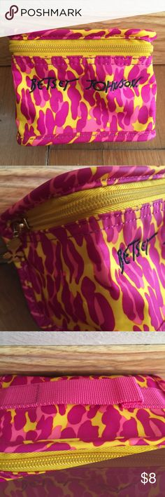 3b6572872803 Betray Johnson Cheetah Mini Makeup Bag Adorable bag Nice for holding a few  of your essential