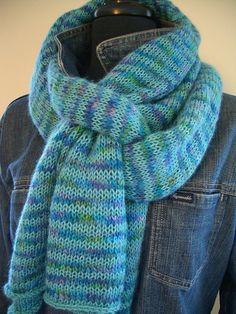 Ravelry: Striped Trap pattern by Andra Asars - love how this is tied too!