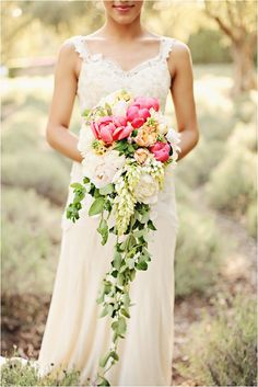TOP 10 BRIDAL BOUQUET TRENDS FOR 2016.  cascading bouquet - Brandi Smyth Photography