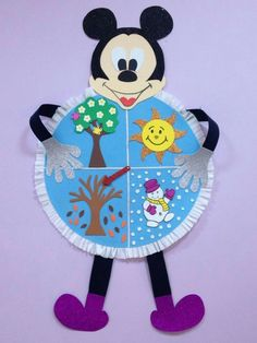 Season craft ideas Winter craft ideas for preschoolers Spring craft ideas for kids Summer craft idea for children Autumn craft ideas for preschool Four seasons craft and activities for kids Seasons themed wall decorations for school School Board Decoration, Class Decoration, School Decorations, Kids Crafts, Easter Crafts, Arts And Crafts, Seasons Activities, Disney Classroom, Kids Education