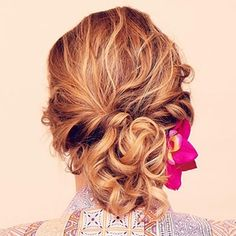 Easy Updos for Curls