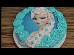 In this video I show you how to make a beautiful barbie cake. This is a great cake decorating project that can be easily made at home in a few hours. Torte Frozen, Elsa Torte, Frozen Castle Cake, Elsa Frozen, Frozen Disney, Elsa Birthday Cake, Elsa Cakes, Barbie Cake, Barbie Doll