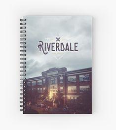 Riverdale Book, Riverdale Series, Riverdale Merch, Riverdale Archie, Selfies, Notebook Cover Design, Riverdale Characters, Madelaine Petsch, Lili Reinhart