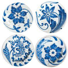 VIETRI Blu Bianco Assorted Salad Plates. Handpainted in Tuscany. $48 #dinnerware #blue #handpainted www.theitaliandish.com